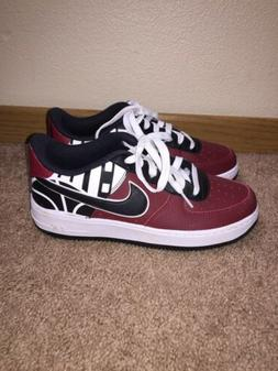 NIKE AF1  SWOOSH AUTHENTIC BOYS SHOES SIZE 6