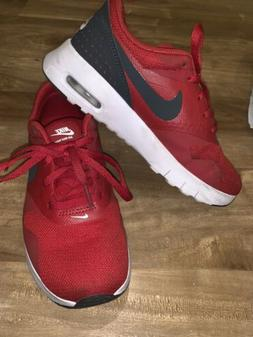Nike Air Max Tavas Kids Sneakers Red Size 1.5Y