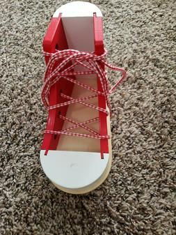 Deluxe Wood Lacing Sneaker Melissa & Doug Educational Toys H