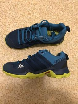 kids adidas traxion terrex sneakers shoes, size youth 1