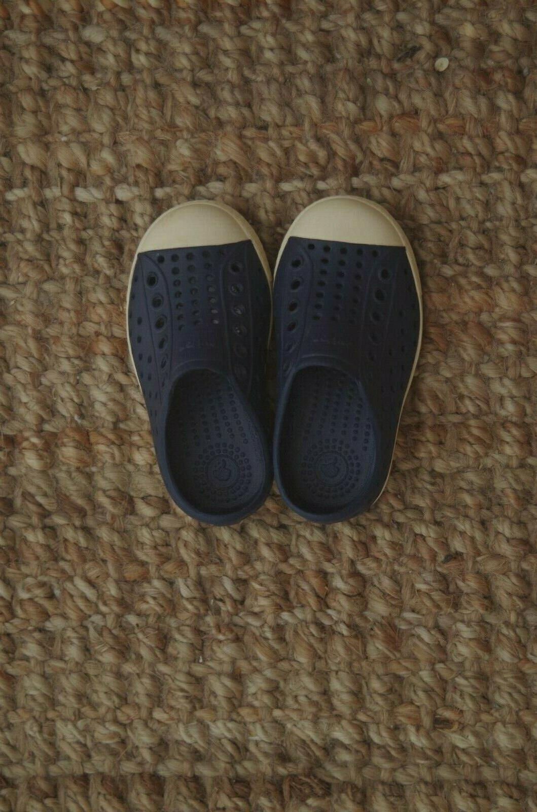brand new shoes kids size 7