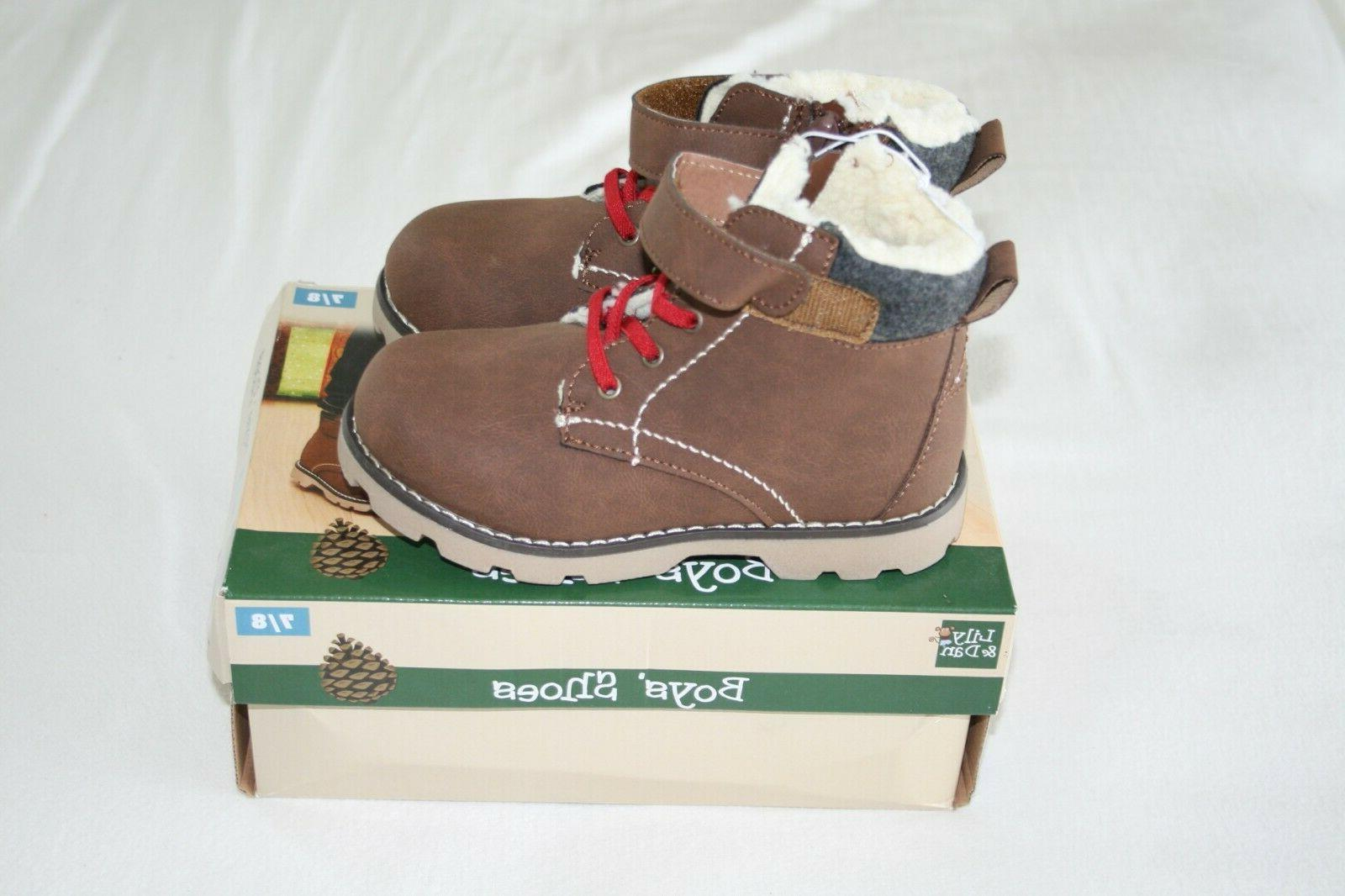 Lily Dan Boys shoes size 7/8 In Box