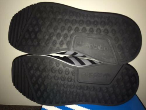 NEW Adidas size YOUTH BOYS Black SHOES