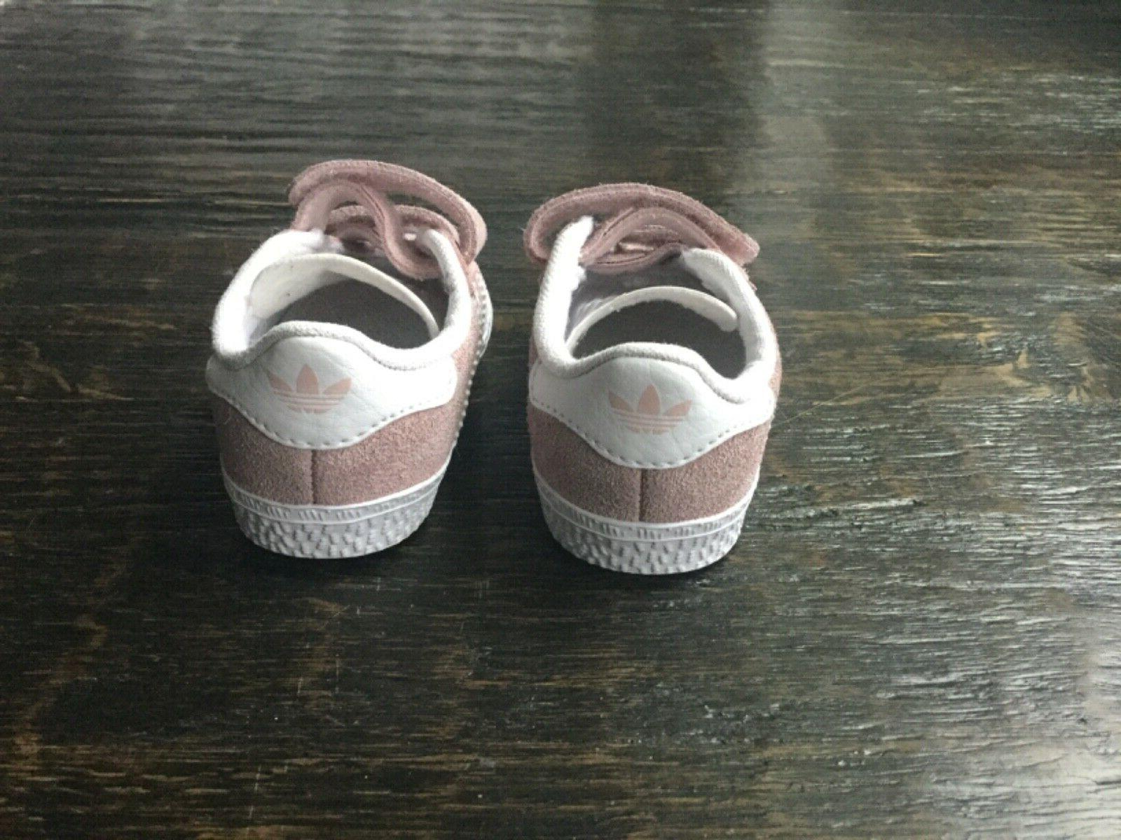 PERFECT Girls Shoes AH2229 Toddler Gazelle Size 4